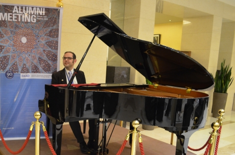 Iranian pianist, Pooyan Azadeh, performs at DAAD event in Iran